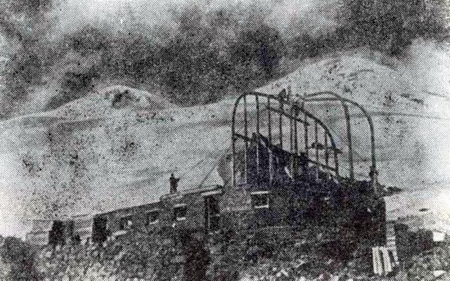 Начало строительства на Эльбрусе гостиницы «Приют одиннадцати». Июнь 1938 года