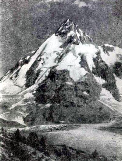 Приэльбрусье. В верховьях ущелья Адыл-су высится вершина Джан-туган