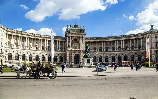 дворец Габсбургов - Хофбург