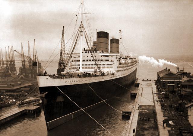 Круизный лайнер «Queen Elizabeth»