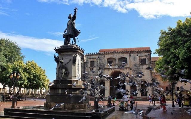 столица республики – курорт Санто-Доминго