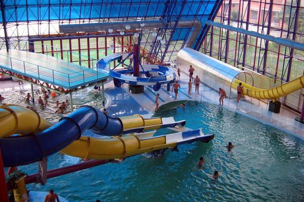 аквапарк закрытого типа