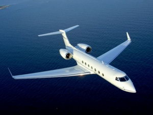 Что выбрать: чартерный или регулярный рейс?
