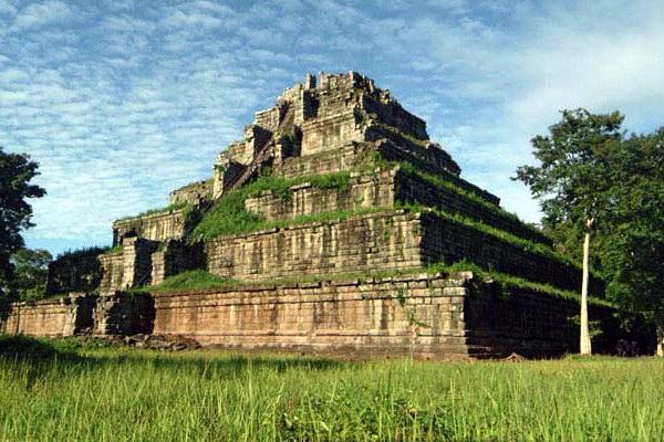 Храм Кох Кер