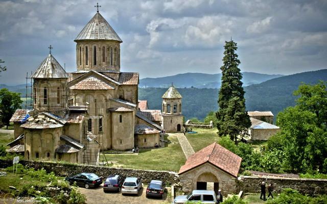 Монастырь Гелати