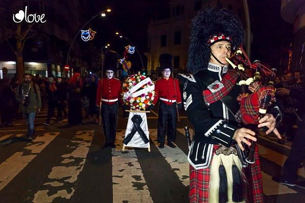 Карнавал-2015 в Санта Крус де Тенерифе - похороны сардины