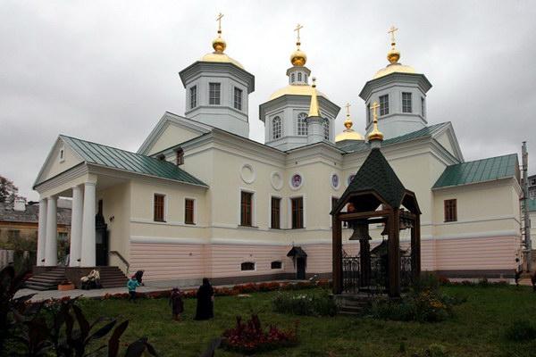 Крестоводвиженский монастырь