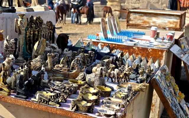 Какие сувениры лучше не привозить из Египта