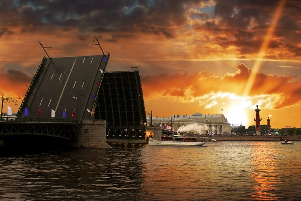 Разведение мостов в Питере