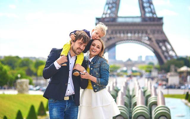 в Париж с ребенком