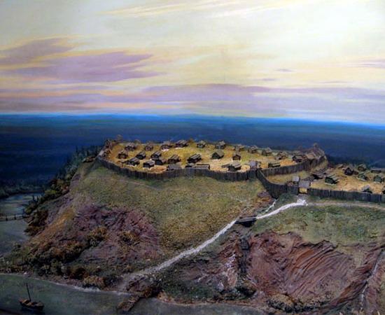 Городище Иднакар IX-XIII вв.н.э. Вариант научной реконструкции