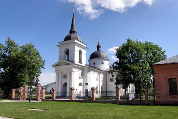 Воскресенская церковь в Батурине