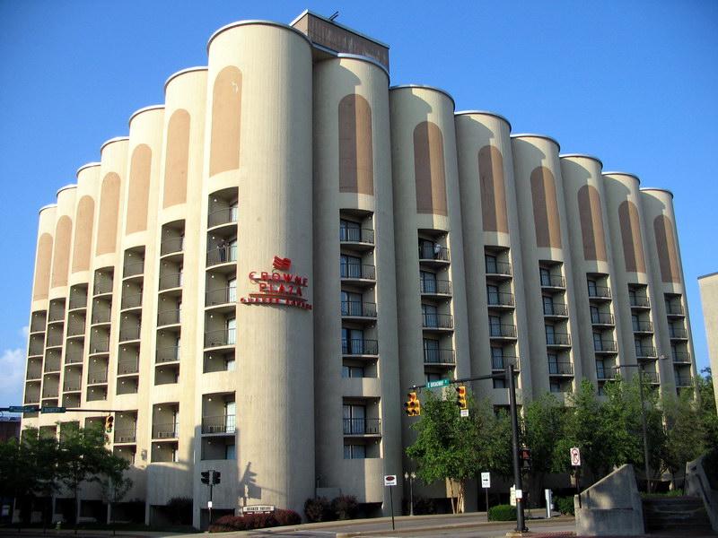 Гостиница «Квакер Инн» в здании бывшего элеватора, г. Акрон
