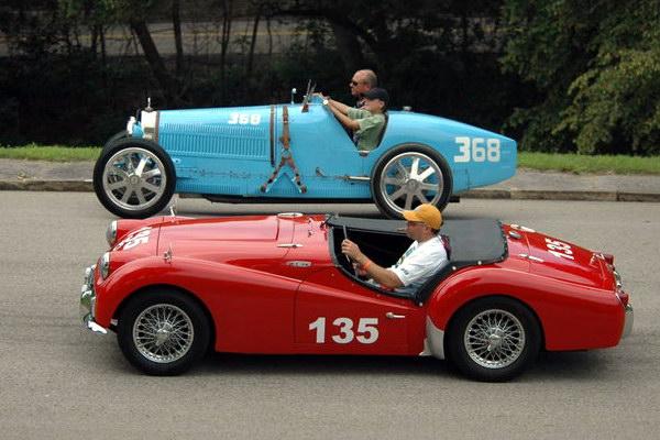 Гонки на ретро автомобилях