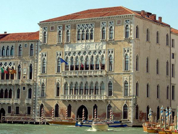 Дворец Фоскари в Венеции