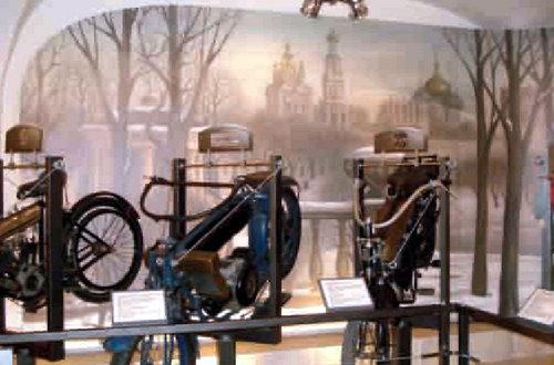 Собрание мотоциклов периода 1899-1979 гг.