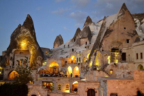 Каппадокия - скальная гостиница в долине Гёреме