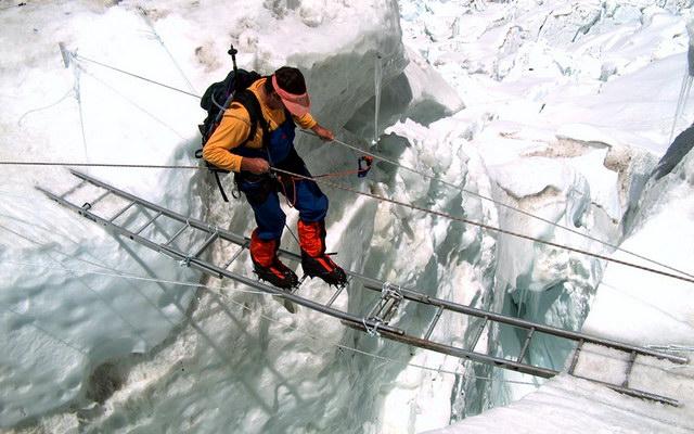 прохождение ледопада Кхумбу