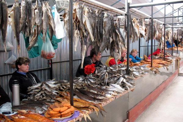 рыбный рынок в Летичеве