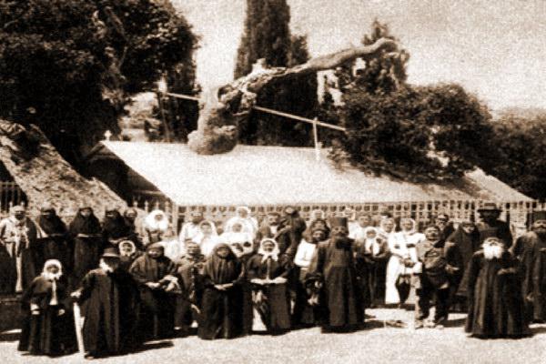 Русские паломники в Иерусалиме