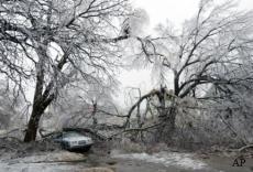 Самыми большими катастрофами были здесь апрельский шторм, принесший сильнейший ветер, град и наводнения, уничтожившие имущества граждан на сумму более 1,6 миллиардов долларов