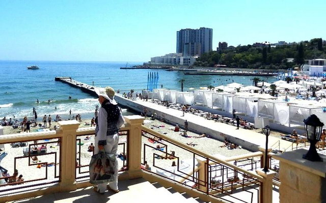 вид на пляж Аркадия в Одессе