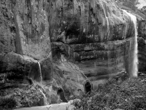 Кабардино-Балкария. Чегемские водопады