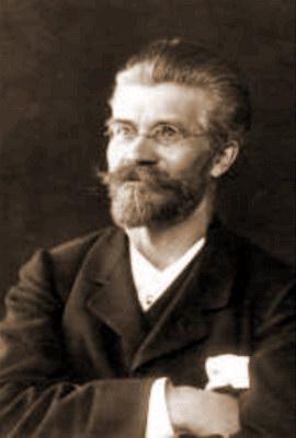 Амандус Адамсон - естонський і російський скульптор та живописець