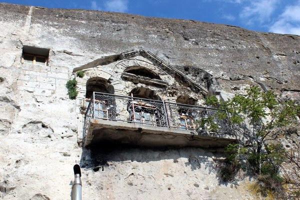 Інкерманський Свято-Климентіївський печерний монастир