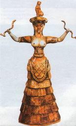 """Богиня зі зміями (Археологічний музей Іракліона). Критянки у мінойські часи ходили """"топ-лесс"""". Наші туристки можуть уподібнитися їм на пляжах. Тільки не варто лякати острів'ян - у них доволі сувора мораль"""