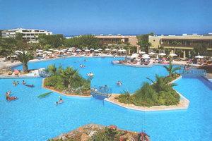 """Готель """"Rithimna Beach"""" ***** de luxe знаходиться в місті Ретимно і належить до відомої системи """"Grecotel"""""""