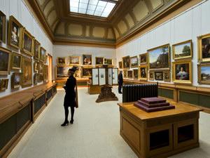 Маркетинг та рекламно-інформаційна діяльність музеїв