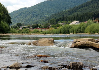 Екологічний туризм як пріоритетний напрямок сталого туризму в межаж національних парків
