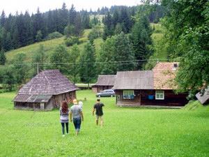 Особливості розвитку сільського зеленого туризму в Україні