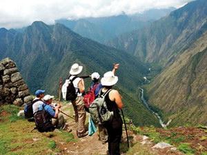 формування готовності менеджерів туризму до туристичних походів та туристичної діяльності