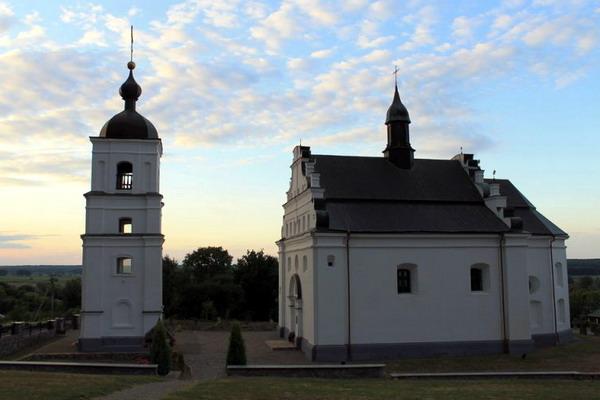 церква св. Іллі в Суботові