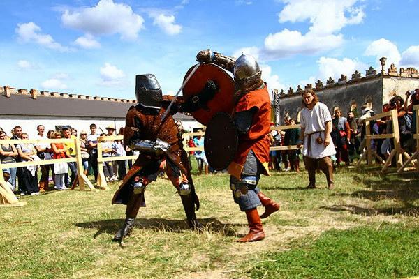 Історичний фестиваль Стародавній Меджибіж