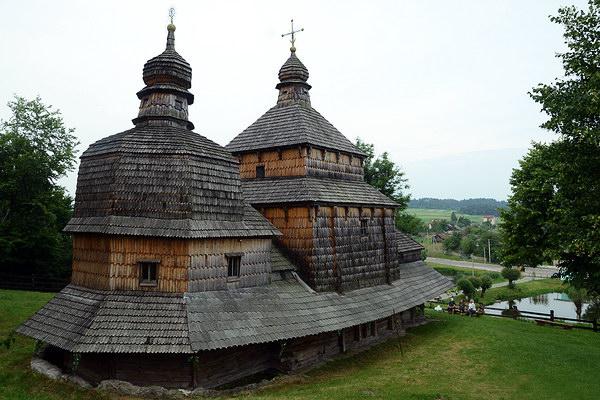 Церква Святого Духа в с. Потелич