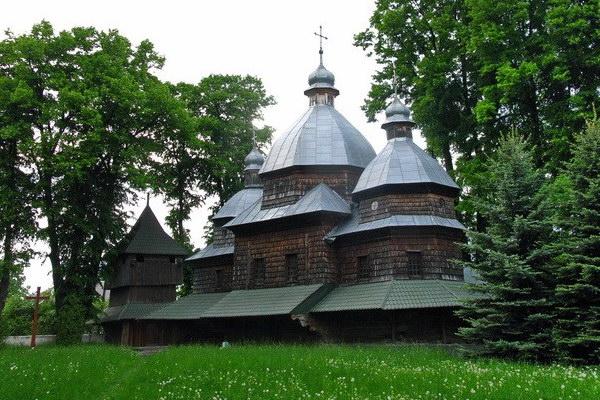 Церква святої Параскеви в с. Крехів