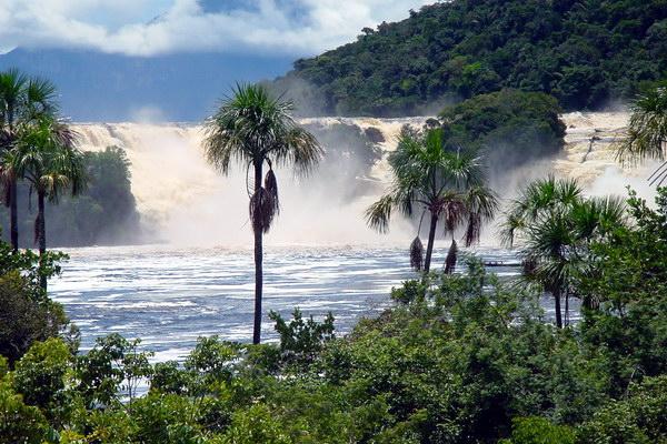 Національний парк Канайма