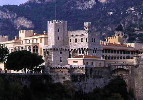 Замок Грімальді